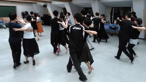 社交ダンス タンゴ CDC若者社交ダンスサークル