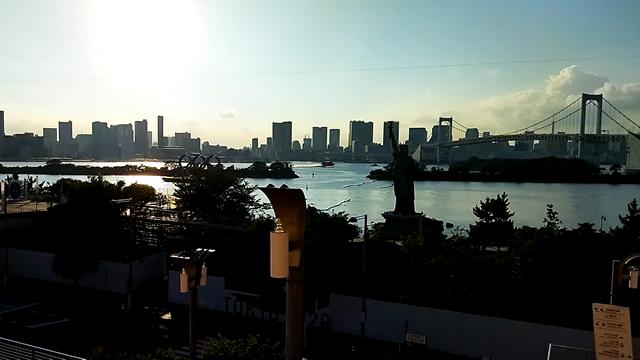 東京五輪モニュメント、自由の女神、レインボーブリッジ